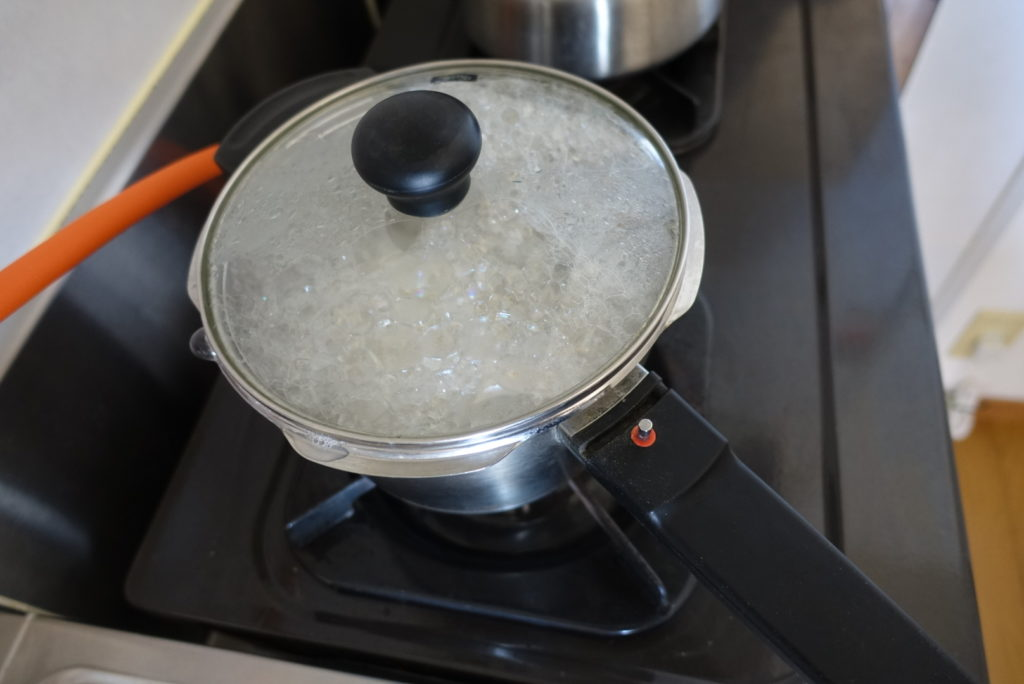 フィスラー圧力鍋プレミアムでごはんを炊く